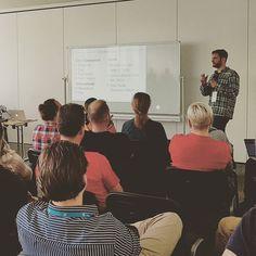 """Tags Terms & Taxonomien"" - Vortrag von Jonathan Ulrich über Taxonomien bei #WordPress. #WLWP #Zemantika #wcber17 #wcber #Berlin"