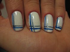 I somehow like that nail design, easy and simple, perfect for my lazy mood: