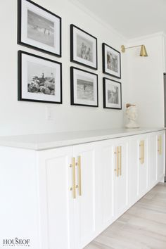 black and white gallery wall The House of Silver Lining: Beach Cottage Renovation Reveal: Dining Room Country Chic Cottage, Beach Cottage Style, Beach Cottage Decor, Beach House, Living Room Designs, Living Room Decor, Cheap Modular Homes, Cottage Renovation, Beach Cottages