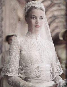 Queens of England: Royal Wedding Dresses: Princess Grace of Monaco