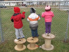 Loose parts- large spools
