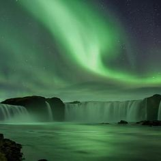 Some amazing Aurora Borealis above Goðafoss (Waterfall of the Gods) - NE-Iceland.. (approx, 30 min east from Akureyri)