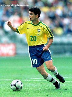 Bebeto, Brasil. Copa do Mundo da França em 1998.