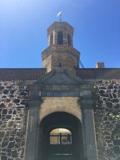 Castle of Good Hope Boulder Beach, Cape Town, Bouldering, Barcelona Cathedral, South Africa, Castle, Building, Travel, Viajes