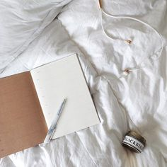 Ahh, the pleasures of planning the week while warm in bed! #regram #lacrossecomforter #allaboutcomfort