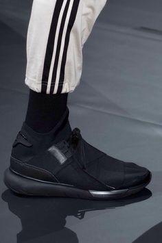 hot sale online 81287 c819f Adidas x Yohji Yamamoto