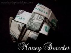 Last Minute Gift Idea – How to Fold a Money Bracelet {Turn Dollar Bills into a Work of Art} – bystephanielynn Source by Creative Money Gifts, Cool Gifts, Diy Gifts, Money Gifting, Gift Money, Creative Ideas, Dollar Bill Origami, Money Origami, Dollar Bills