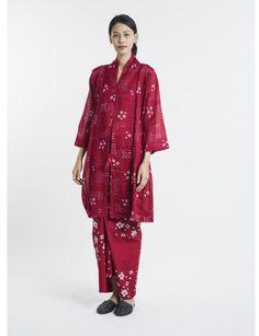Batik Dress, Blouse Dress, Diy Dress, Kebaya Dress, Muslim Fashion, Asian Fashion, Natural Dye Fabric, Vintage Outfits, Cool Outfits