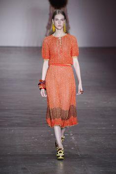 GIG Couture apresenta coleção inspirada na artista Sonya Delaunay - Vogue | Desfiles
