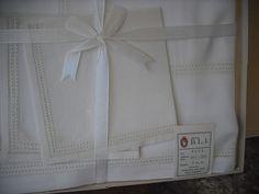 Vintage Boxed  Linen 5pc Tablecloth w/4 Napkins  Fancy Hemstitch