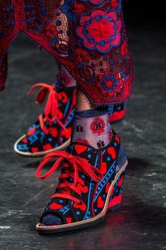 Défilé Anna Sui Printemps-été 2017 Prêt-à-porter - Madame Figaro