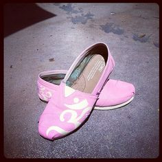 Om Symbol Hand Painted Custom TOMS Shoes on Etsy, $75.00