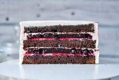 Шоколадно-ягодный торт | HomeBaked