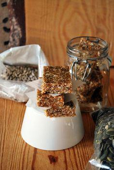 Pähkinättömät myslipatukat   Nut-free Granola Bars