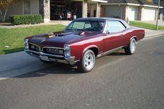 1967 GTO With Hood Tach 1967 Gto, 67 Pontiac Gto, Classic Cars Usa, Gto Car, Pontiac Grand Prix, Sexy Cars, Amazing Cars, Cars Motorcycles, Muscle Cars