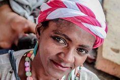 Ação leva beleza, saúde e autoestima a mulheres da Cracolândia