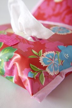 Schoonmaak etui voor vochtige doekjes! Denk aan billendoekjes, snoetepoetsers, schoonmaakdoekjes of make-up reinigers.