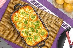 Potato Roll Casserole Stuffed With Ham, Cheese, And Meatballs Meatball Casserole, Potato Casserole, Casserole Dishes, Mozzarella Pearls, Spinach Pancakes, Sauce Tomate, Sliced Potatoes, Christmas Cooking, Ferrero Rocher