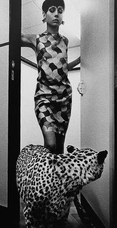 photo Helmut Newton, UK Vogue 1966