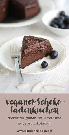 Einfaches Rezept für einen saftigen veganen Schokoladenkuchen mit Süßkartoffel - ohne Industriezucker und Gluten #vegan #schokoladenkuchen #zuckerfrei #glutenfrei #veganbacken