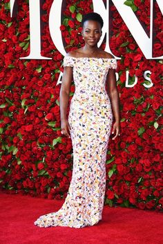 Lupita Nyong'o topped Us Weekly's list of the best dressed celebs at the Tony Awards! In a gown designed by Jason Wu, the nominee turned heads! Get all the details!