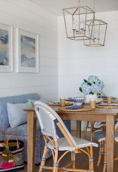Blue Cottage Dining Room - Design photos, ideas and inspiration. Amazing gallery of interior design and decorating ideas of Blue Cottage Dining Room in decks/patios, dining rooms by elite interior designers. Cottage Dining Rooms, Dining Nook, Dining Room Design, Dining Table, Banquette Dining, Living Room, Table Lamps, Beach Interior Design, Condo Design