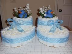 45 Cool Baby Shower Gift Ideas For Baby Boy - babyideaz Baby Shower Cakes, Baby Shower Diapers, Baby Shower Fun, Baby Shower Parties, Baby Shower Themes, Baby Shower Gifts, Baby Nappy Cakes, Unique Diaper Cakes, Mini Diaper Cakes