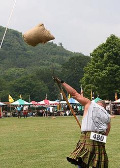 Sheaf Toss | ... highland games photo gallery sheaf toss 2009 photos by james shaffer