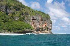 rurutu australes   ... des Australes - les falaises de Rurutu - photos les îles Australes