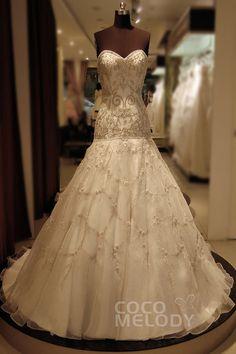 Simple Trumpet-Mermaid Sweetheart Dropped Chapel Train Organza Ivory Sleeveless Zipper Wedding Dress with Beading KT6308 #weddingdresses #cocomelody