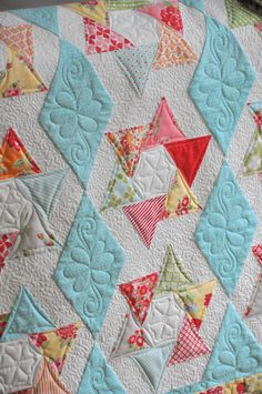 interesting block, lovely quilt by Heather Peterson Patchwork Quilting, Quilt Stitching, Longarm Quilting, Free Motion Quilting, Quilting Projects, Quilting Ideas, Top Stitching, Hand Quilting, Star Quilts