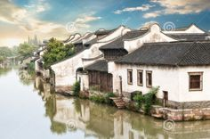 Where do you want to stay when you are old?  When I am old, I want to spend the rest of my life here, not in America, in Australia,nor in Europe, Just in China. It is where I born, where I grow up,where I had this wonderful and amazing life! Thank God! Thank China!