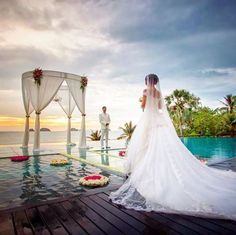 Imagine getting married overlooking a fiery sunset and the Gulf of Thailand. This dream becomes reality at Conrad Koh Samui. Seaside Wedding, Chic Wedding, Luxury Wedding, Perfect Wedding, Wedding Ideas, Evening Sunset, Thailand Wedding, Koh Samui, Meditation Music
