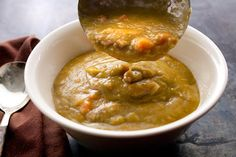Slow Cooker Split Pea Soup - good, use 8 cups of water with my bag of split peas next time
