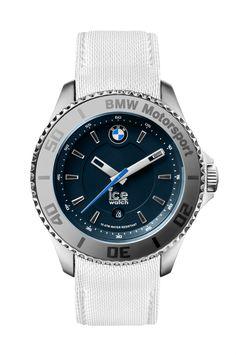 16 montres composent la collection Ice Watch BMW Motorsport