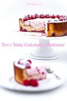 Tort z białą czekoladą i malinami