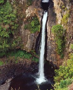 Cascada de Texolo es una cascada en el pueblo de Xico en Veracruz. La cascada es muy belleza y larga, 18–24 m elevado. El Cascada de Texolo es en dos peliculas, Romancing The Stone y Clear And Present Danger. El cascade es tres kilómetros de la ciudad de Xalapa. Xalapa es el ciudad capital de Veracruz.