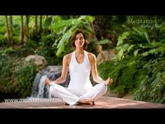 Meditation on a beginners yoga retreat in Bali, surrounded by waterfalls and natural scenery. This will leave you smiling and feeling inspired! Bali Retreat, Yoga Retreat, Power Of Meditation, Mindfulness Meditation, Reiki, Bali Yoga, Yoga Holidays, Seven Chakras, Meditation Techniques