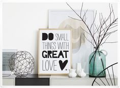 * affiche 'do small things with great love' * Workout Room Decor, Workout Room Home, Boutique Deco, My Ideal Home, Home Office Lighting, Idee Diy, Brick And Stone, Vintage Paper Dolls, Modern Farmhouse Style