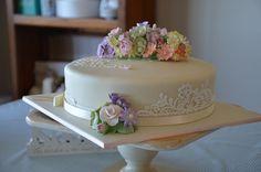 Cake Decorating: flowers