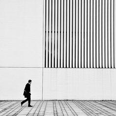 eno0720: Black and White Sidewalk | Trend: Black and White on We Heart Ithttp://weheartit.com/entry/69485562/via/aeisirinya