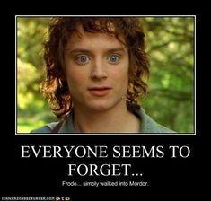 Frodo just makes Aragorn and Legolas look better :D Legolas, Thranduil, Aragorn, Tauriel, Movie Memes, Book Memes, Fellowship Of The Ring, Lord Of The Rings, J. R. R. Tolkien