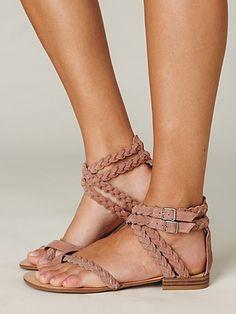 braids' sandals