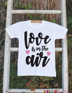 Anti Valentines Day, Valentines Outfits, Valentines For Boys, Valentines Day Shirts, Dinner Date Night Outfit, Valentine's Day Outfit, Outfit Of The Day, Outfit Ideas, Teen Fall Outfits