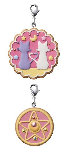 MOONIE MERCH OF THE DAY: Sailor Moon Cookie Charm Box! http://www.moonkitty.net/reviews.php #sailormoon #anime