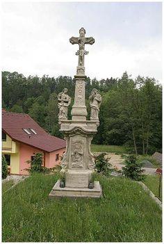 Date: 21.7.07 7:08  Kamenný kříž u Horního Újezda