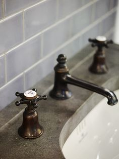 Antique Bronze made bespoke by Drummonds. Our classic brass is aged using our special formula, creating an antique look on a modern bathroom fitting. We pride ourselves on designing and making the design classics of the future #nostalgic #retro #design #dark #brassware #bathroom #taps #vanity #basin #sink #bespoke #2016trend #bathroomtrend #2016 #new