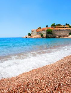 Top 5 beaches in Montenegro