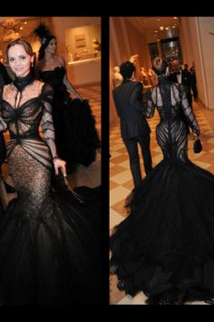I LOOOOOOOVED Miss Ricci in this AMAZING dress. This is the most beautiful gown I have ever seen. SO my style.