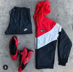 68 Ideas For Sneakers Gucci Outfit Nike Shoes 32 Classy Pleated Dress Outfit Ideas For Fall And Winter Season Swag Outfits Men, Gucci Outfits, Tomboy Outfits, Teen Fashion Outfits, Dope Outfits, Trendy Outfits, Nike Outfits For Men, Sporty Fashion, Nike Shoes Outfits